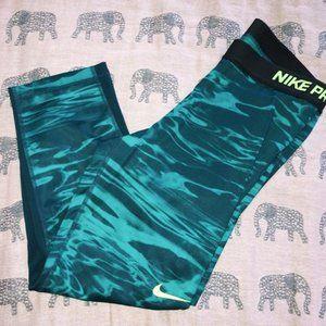 Nike Pro Spandex Crops Blue Green Wave Lava Lg